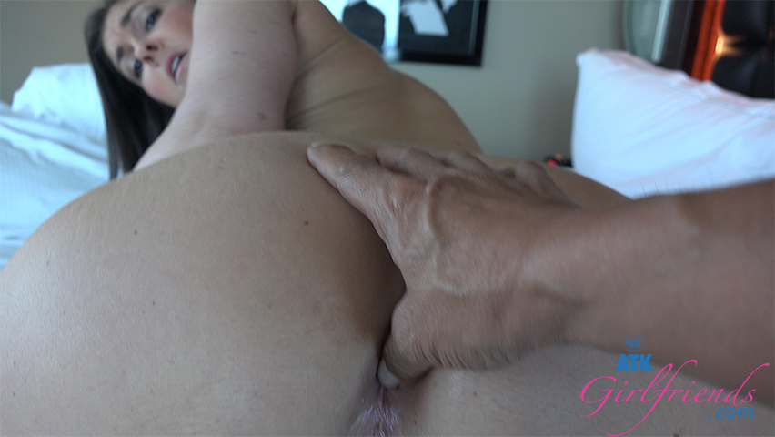 Brittany Shae lets you fuck her ass again!